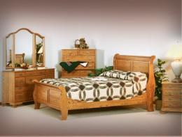 Colonial Sleigh Bedroom Set