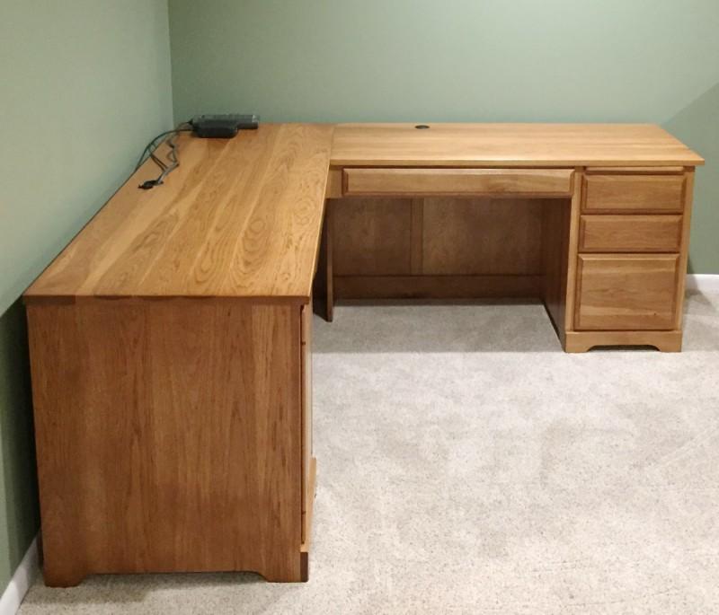 Custom Hickory Corner Desk   Amish Handcrafted Furniture ...