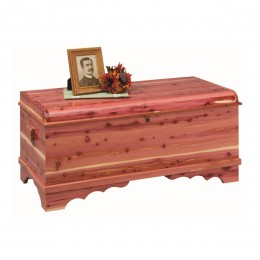 Summerfield Medium Cedar Blanket Chest