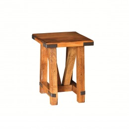 Olde Farmstead Chairside Table