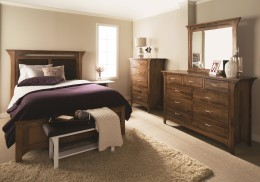 Monarch Bedroom Setting