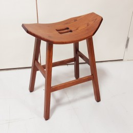 Mission Saddle Stool